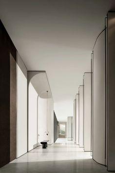 无间设计 吴滨 | 天津瑞府:当代山水精神-建e室内设计网-设计案例 Office Interior Design, Office Interiors, Luxury Interior, Door Design, Wall Design, Wall Cladding Designs, Hotel Corridor, Hotel Lobby, Model Homes