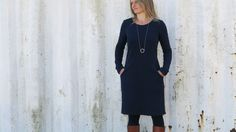 Frau Fannie; Oben S, unten M verwenden Sweat Dress, Belted Shirt Dress, Tee Dress, Dress Skirt, Diy Clothes And Shoes, Sewing Clothes, Ruched Dress, Madame, Clothing Patterns