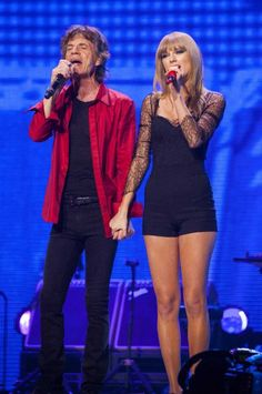 taylor swift and mick jagger Rolling Stones Concert, The Rolling Stones, Taylor Swift Pictures, Taylor Alison Swift, Love Stage, Ethel Kennedy, Short Playsuit, Mick Jagger, Musica