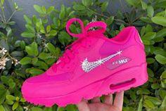 Pink Nike Shoes, Cute Nike Shoes, Bling Shoes, Cute Sneakers, Nike Air Shoes, Pink Sneakers, Sneakers Fashion, Pink Nikes, Nike Custom Shoes