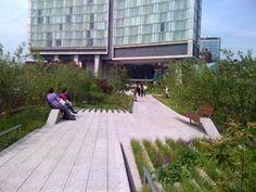 The Highline adjacent to the Standard Hotel
