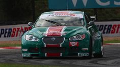 Jag XF in fighting colours