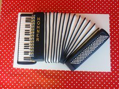 Music Cake - Accordion
