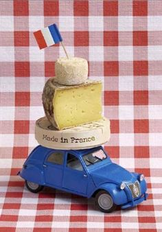 There are about 300 different types of cheeses in the world & about 200 were created in France. (made in france) Fromage Cheese, A Moveable Feast, Paris Food, French Cheese, Bastille Day, I Love Paris, Thinking Day, Oui Oui, Made In France