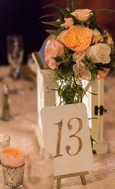 Rustic chic wedding centerpiece idea; Photo: Lyndsay Undseth Photography