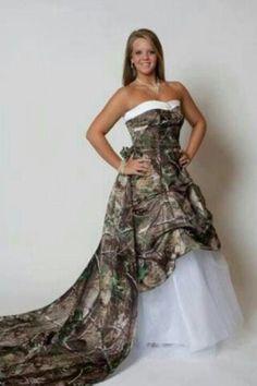 Camo wedding dress. LOVE