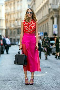 #fucsia #skirt #top #red #colorblock #brightcolors #boldcolors #dress #summer #spring #streetstyle #fashionweek #blogger #style #candelanovembre