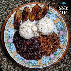 Te presentamos la selección del día: <<GASTRONOMIA>> en Caracas Entre Calles. ============================  F E L I C I D A D E S  >> @abreureport << Visita su galeria ============================ SELECCIÓN @marianaj19 TAG #CCS_EntreCalles ================ Team: @ginamoca @huguito @luisrhostos @mahenriquezm @teresitacc @marianaj19 @floriannabd ================ #gastronomia #Caracas #Venezuela #Increibleccs #Instavenezuela #Gf_Venezuela #GaleriaVzla #Ig_GranCaracas #Ig_Venezuela #IgersMiranda…