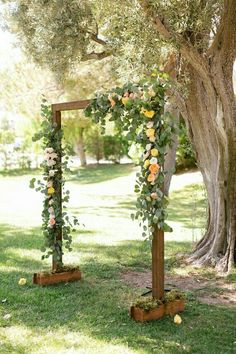 Arbour, Medium Decor, Greenery, Light Floral