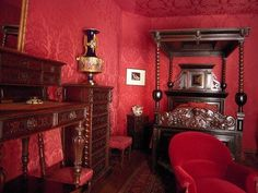 Dark, rich and red - Victor Hugo's bedroom at his home on the Place de Vosges in Paris is all that you would expect from a writer heavily influenced by the Romanticism movement.