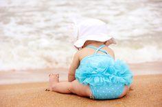 Baby sitting at beach wearing the beach essentials. Summer Baby Pictures, Baby Beach Photos, Family Beach Pictures, Beach Pics, Baby Basics, Baby Bathroom, Baby Boy, Girl Friendship, Beach Essentials