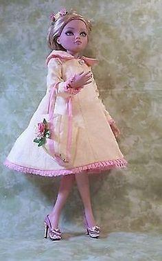 Ellowyne Wilde OOAK Ensemble L'L Miss Sunshine Coat and Dress New | eBay ends 11/18/13