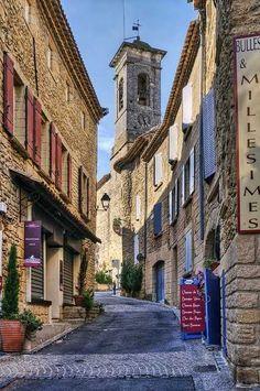 La Provenza Francia www.worldtourandtravel.com