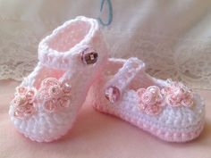 Crochet Baby Booties Crochet Booties Baby by TippyToesbabyshoes, $25.00