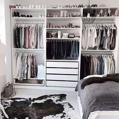 Ingenious Storage Trick For A Small Bedroom With No Closet