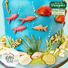 Fondant Fish, Fondant Cakes, Coral Cake, Sea Cakes, Fondant Tutorial, Cake Decorating Tools, Paper Clay, Marzipan, Cold Porcelain