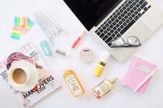 Make the most of your workday and be productive. Here are some Snoe products that you can keep on your desk that can keep you looking fresh and energized. Stay busy and pretty and keep that glow thoughout the day! Shop now at www.snoebeauty.com or go to the nearest Snoe branch to you   #Snoe #SnoeBeauty #Flatlay #Beauty #MakeUp #Fresh #Workday #Weekday #Cosmetics #NaturalLook