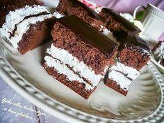 Gabriella kalandjai a konyhában :): Kinder Pingvin szelet Hungarian Recipes, Hungarian Food, Tiramisu, Recipies, Cookies, Chocolate, Ethnic Recipes, Sheet Cakes, Bakken