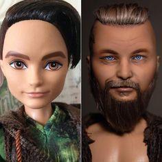 До и после. Был Хантер Хантсмен, стал Рагнар Лодброк. Большая просьба к поклонникам сериала - не ругаться по поводу несоответствия хронологии образа! Работала по референсу заказчика, а это святое☝/ befor and after. Ragnar Lothbrok #ооак #ooak #customdoll #custom #repaint #doll #beforeandafter #ragnarlothbrok #vikings #ooakdoll #everafterhigh #hanterhantsmen #portrait #portraitdoll #art #artdoll #artwork