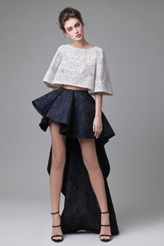 Fashion Friday: Krikor Jabotian Dahlia Collection Some days are just really unlike most days, especially when you've got an extra gorgeous set of dresses to go gaga over! Today's Fashion Friday pick is Kirkor Jabotian's latest Da… Edgy Summer Fashion, Trendy Fashion, Spring Fashion, High Fashion, Fashion Show, Fashion Design, Fashion Fashion, Lolita Fashion, Barbie Mode