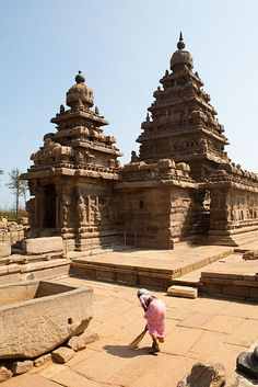 Mamallapuram: 800 year old ancient Hindu Temple - India