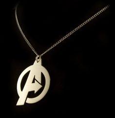 Avengers Symbol Pendant Love it! Fandom Jewelry, Geek Jewelry, Jewlery, Fandom Fashion, Geek Fashion, Avengers Symbols, Marvel Avengers, Marvel Clothes, Geek Chic