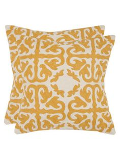 Throw pillow (would be best in blue, gray, or orange)