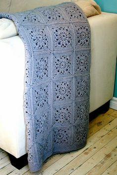 MES FAVORIS TRICOT-CROCHET: Modèle crochet gratuit : Un plaid en carrés granny...