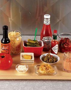 Burger condiment set-up