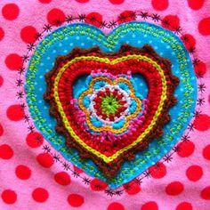Süda, sobib ideaalselt püksipaigaks - crochet motif