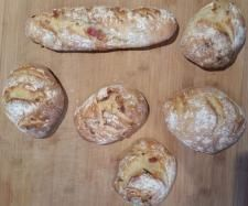 Petit pain ou baguette aux lardons