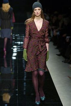 Burberry Fall 2004 Ready-to-Wear Fashion Show - Anne Catherine Lacroix