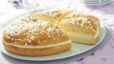 La Tarte Tropézienne au thermomix. La tarte Tropézienne est une brioche au sucre en grain garnie d'une crème diplomate parfumée à la fleur d'oranger. Une recette adapter au thermomix.
