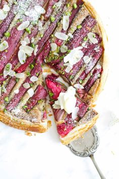 ... rhubarb frangipane tart with hazelnuts and pistachios ...