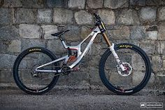 Mountain Biking Photos - Pinkbike Hardtail Mountain Bike, Mountain Biking, Mtb Bike, Bicycle, Santa Cruz V10, Bike Photography, Photos, Bike, Pictures