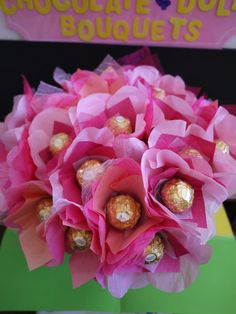 Gold & Pink Party Favor with Ferrero Rocher Chocolates on Etsy, $50.00... omg i would love this bouquet