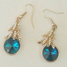 Dangling fashion earrings Dangling fashion earrings  Color: gold tone Condition: perfect condition | nwot | no trades Jewelry Earrings