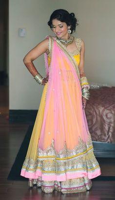 Destination Wedding At Leela Kovalam Kerala ~ Neetu + Abishek - Asian Wedding Ideas. Something like this for my mom India Fashion, Ethnic Fashion, Asian Fashion, Red Lehenga, Lehenga Choli, Yellow Lehenga, Jacket Lehenga, Saree Gown, Bridal Lehenga