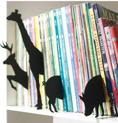 organizing kids books by category -- Animal Book Dividers add a cool element to your bookshelf! Organizing Kids Books, Book Organization, Organize Kids, Book Storage, Modern Kids Decor, Book Dividers, Shelf Dividers, Eclectic Books, Ideias Diy