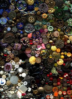 RESERVED 3000 Antique Vintage Modern Buttons Collection Glass Popper Steels China Golden Age Goodyear Horn MOP Satsuma Bakelite Part 3
