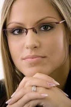 47 Delightful Eyeglasses Ideas For Women In Her Style New Glasses, Glasses Online, Girls With Glasses, Best Eyeglasses, Eyeglasses Frames For Women, Rimless Glasses, Red Sunglasses, Fashion Eye Glasses, Wearing Glasses