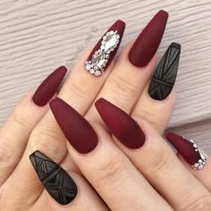 A correctly chosen shade and design are important when you are playing around with coffin nail art. It happens that we know everything about that, and we are going to share with you all our knowledge on the best shades to compliment your nails. #nails #nailart #naildesign #coffinnails