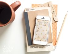 [GRAPICH] Pimp my phone: free smartphone wallpaper october 2015 designed by Le Petit Rabbit