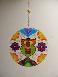 to ] Great to own a Ray-Ban sunglasses as summer gift.Fashion and Vintage styles. Cd Crafts, Upcycled Crafts, Pottery Painting, Dot Painting, Mosaic Glass, Glass Art, Hamsa Art, Recycled Cds, Owl Cat