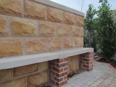 PRODUCT DESCRIPTION  Single sizes with accompanying corner piece, resembling the same stones used to build bespoke monuments of architecture during the early 19th century. A 10mm grouting joint is recommended during installation of this product.