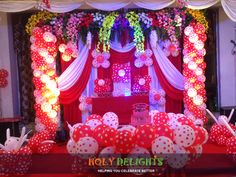 #balloons #dottedballoons #flowers #celebration #cakedecorating #flowerpower #food #realevent #holydelights #Holydelights Connect to your friendly #Event #Partner #holydelights  https://holydelights.com/ or+91 9830348396.