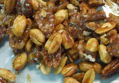 Cómo garapiñar nueces, almendras o cacahuates. Mexican Cooking, Mexican Food Recipes, Sweet Recipes, Healthy Recipes, Ethnic Recipes, Simply Recipes, Granola, Peppermint Ice Cream, Chocolate Oats