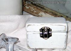 Kisten & Boxen - Box No. 35 - ein Designerstück von EinWenigHiervonUndDavon bei DaWanda