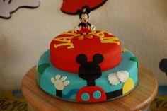 Mickey Mouse Clubhouse Cake / Micky Maus Wunderhaus Torte by mehralsnureinetorte, via Flickr