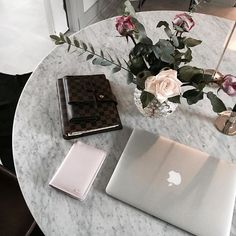 @interiorbyjana shows us her pink passport holder with initials in gold ✈️ Get…